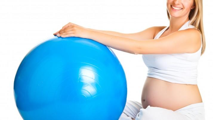 Cuídate durante el embarazo con Pilates