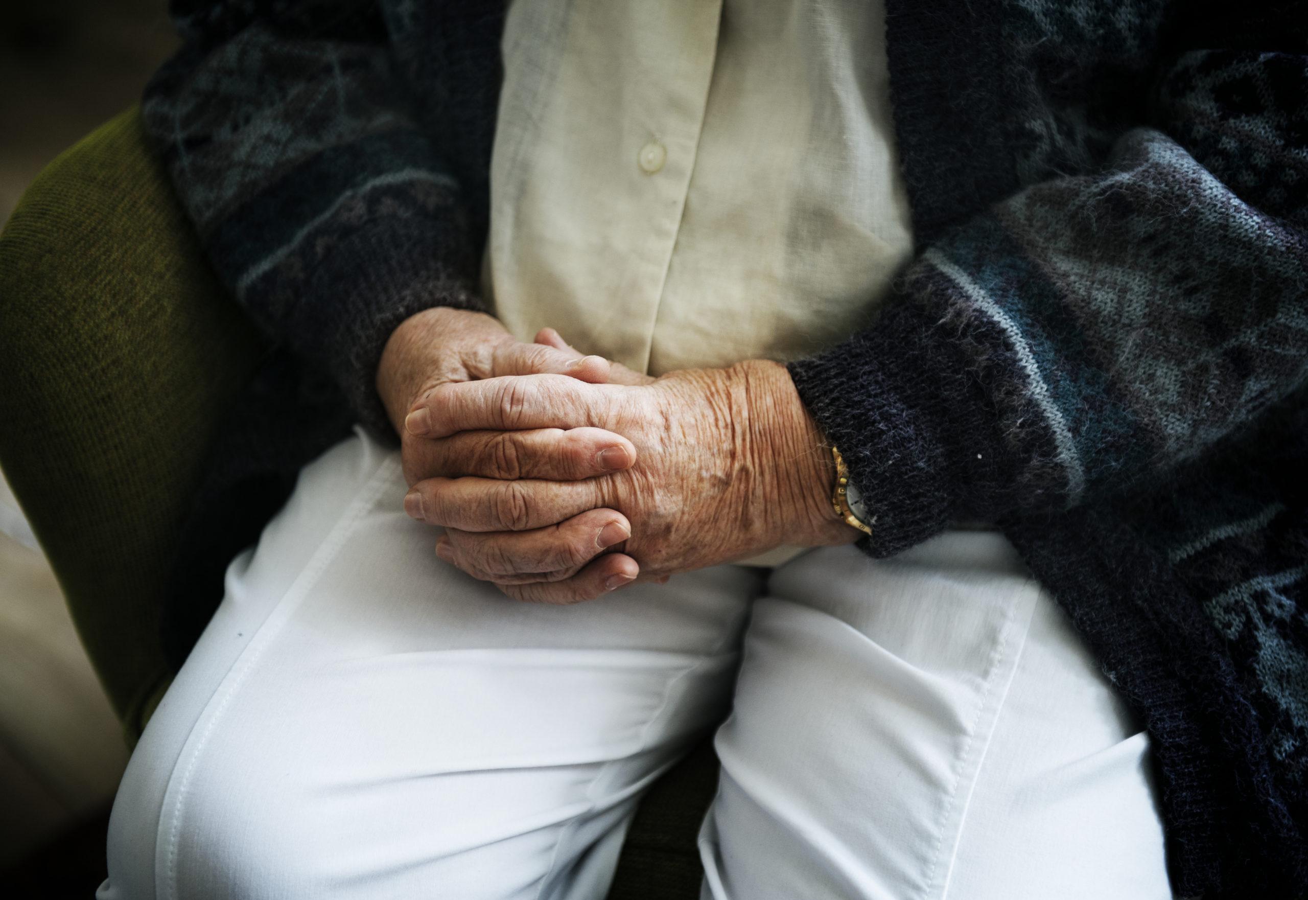 residencias-de-mayores-fisioterapia-terapia-ocupacional