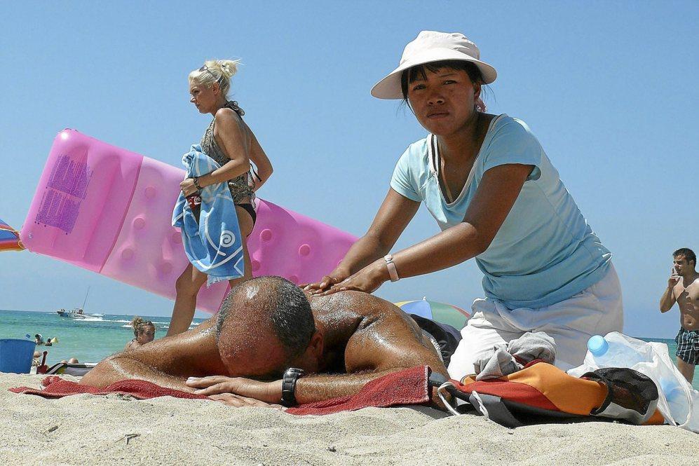 masajistas en las playas mafias