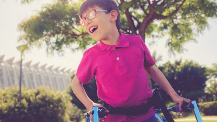 ¿Cómo ayuda la terapia ocupacional a las personas con parálisis cerebral?